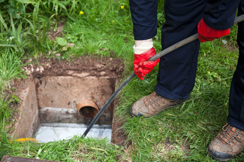Hassle Free Sewer Repair Near Southfield MI - Sewer Cleaning & Repair - Northwest Drain Station - iStock_000023656546_Small